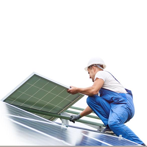 barthlomeyczik-solar-monteur-dach-585x585px
